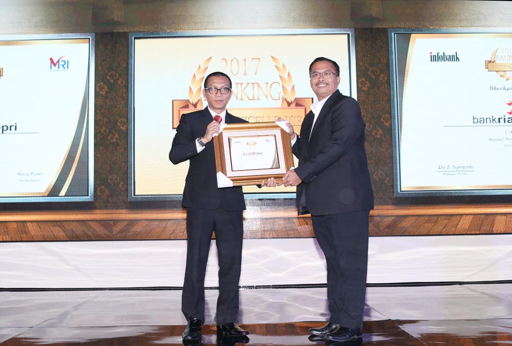 Bank DKI Menerima Penghargaan Best Performance ATM Dalam InfoBank Banking Service Excellence Awards 2017